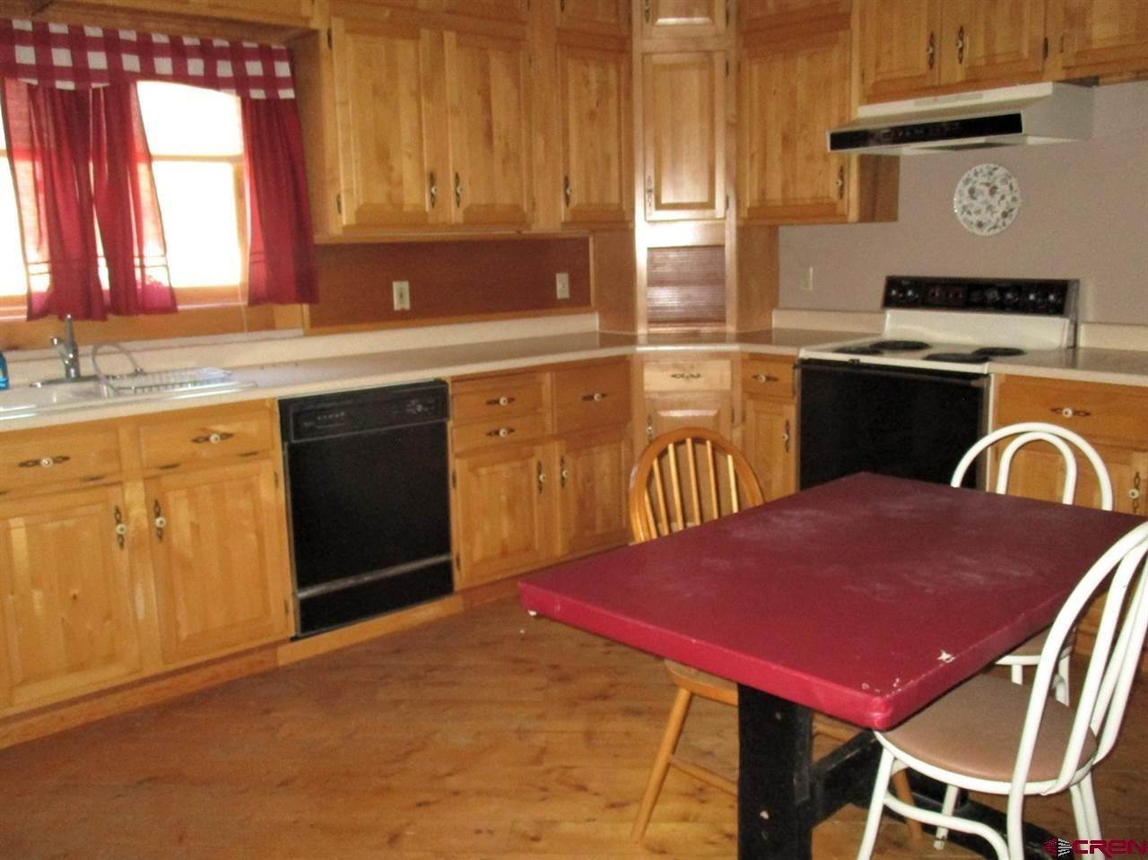 11. Single Family Homes for Sale at 8458 County Road 76 Ohio City, Colorado 81237 United States