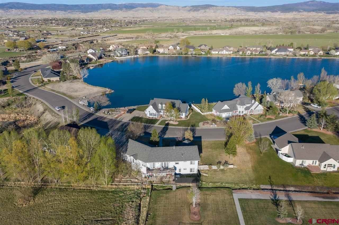 Single Family Homes for Sale at 1814 Otter Pond Circle Montrose, Colorado 81401 United States
