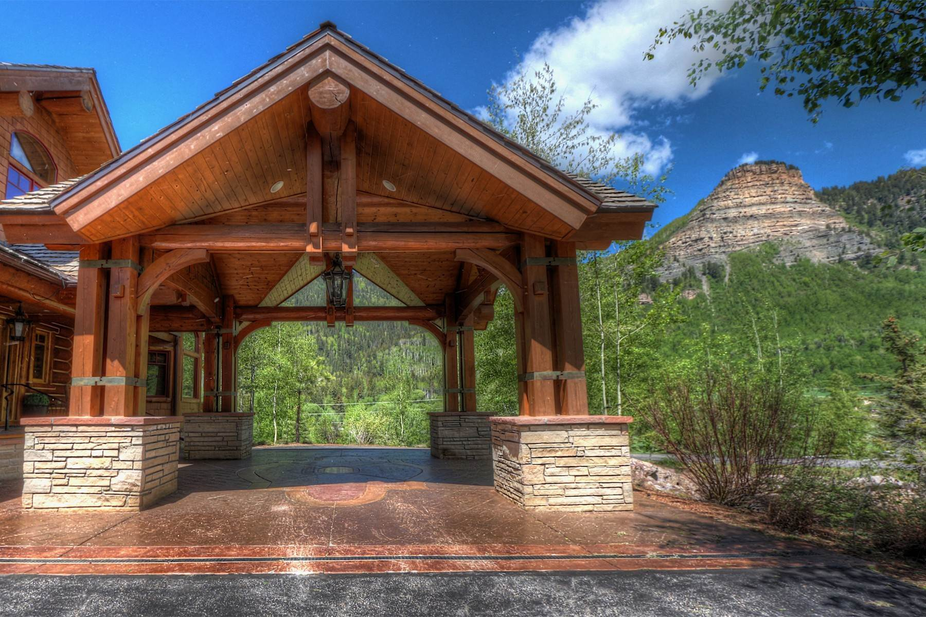 5. Single Family Homes for Sale at 246 Pinnacle View Drive Durango, Colorado 81301 United States