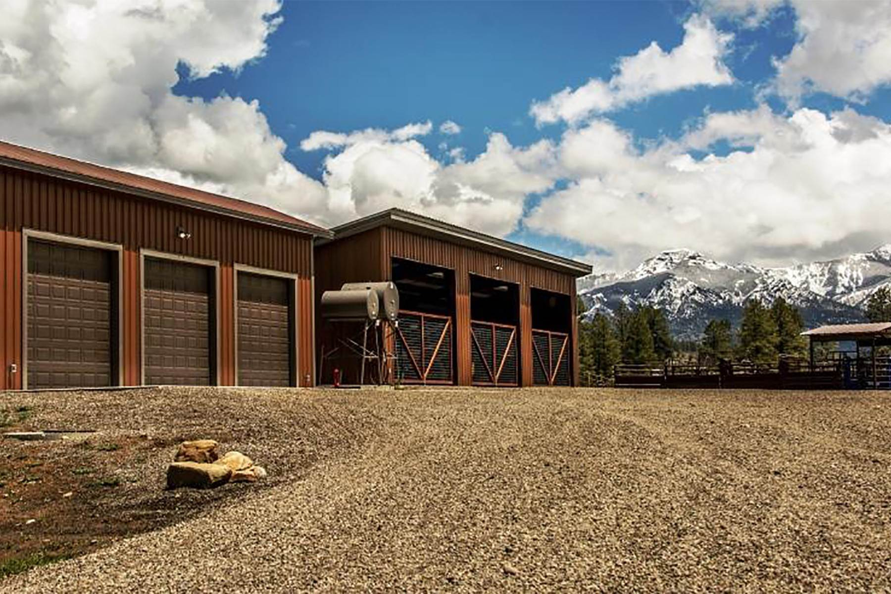 26. Single Family Homes for Sale at Cross Bell Ranch 2851 Cty Rd 382 Pagosa Springs, Colorado 81128 United States