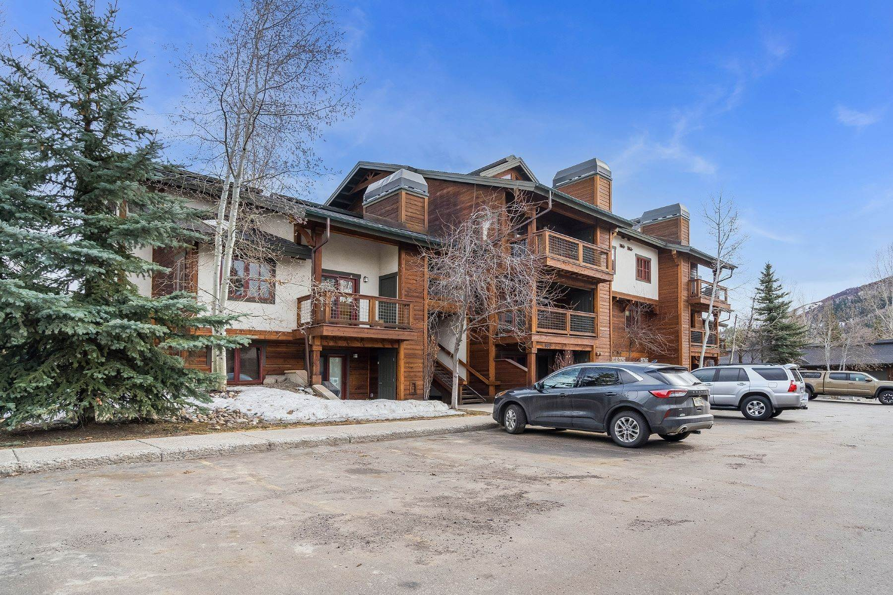 Condominiums for Sale at The Pines at Ore House Condo 380 Ore House Plaza Unit # 1036 Steamboat Springs, Colorado 80487 United States