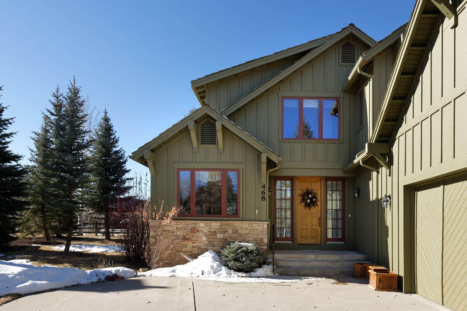 Single Family Homes for Sale at STUNNING VIEWS OF MT. SOPRIS 468 Settlement Lane Carbondale, Colorado 81601 United States