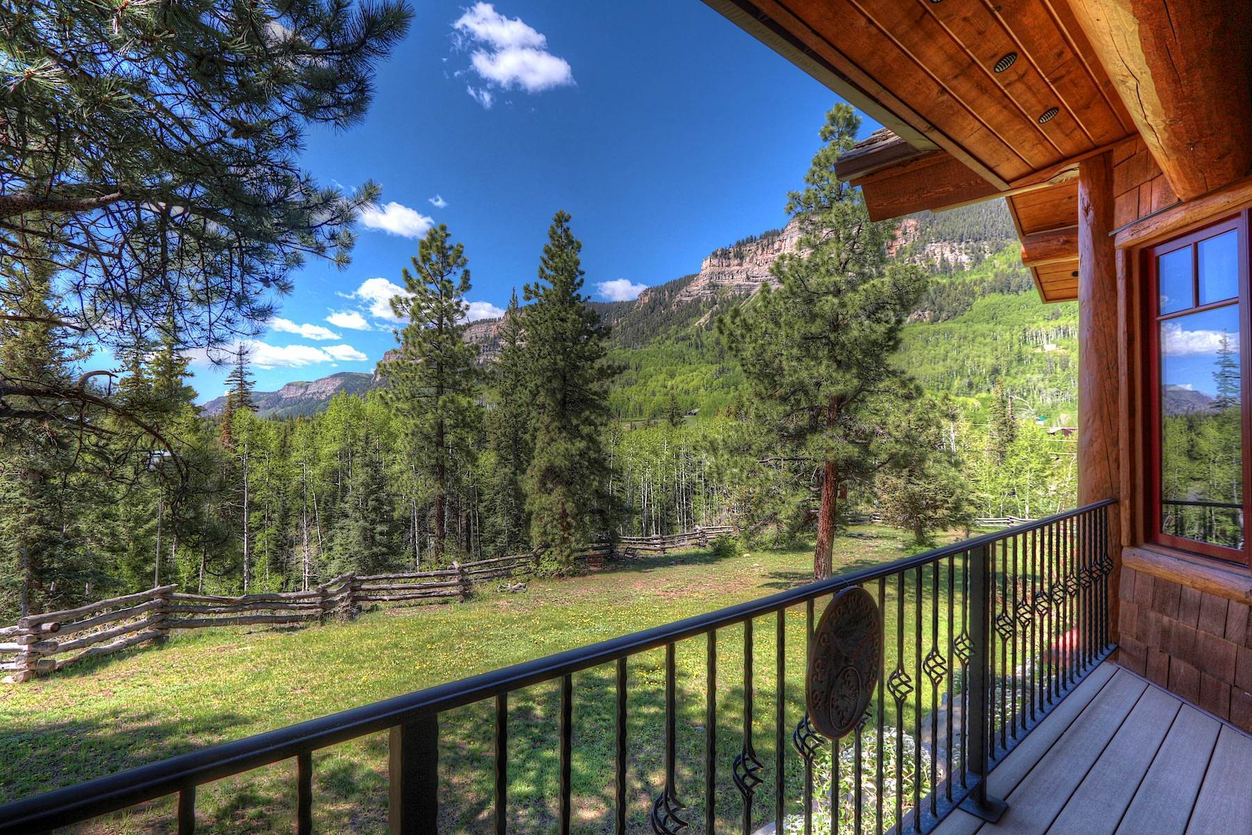 7. Single Family Homes for Sale at 246 Pinnacle View Drive Durango, Colorado 81301 United States
