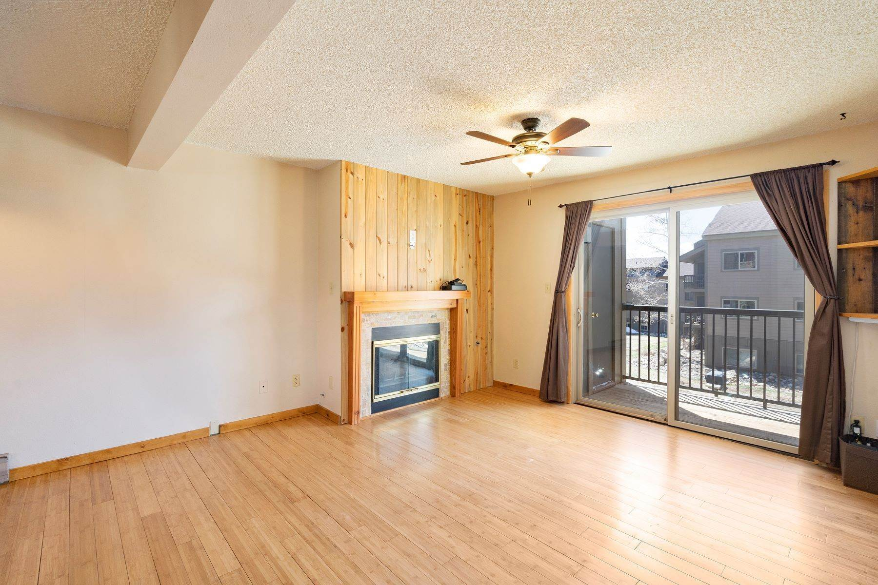 Condominiums for Sale at Updated Shadow Run Condo 1565 Shadow Run Frontage Unit #204 Steamboat Springs, Colorado 80487 United States