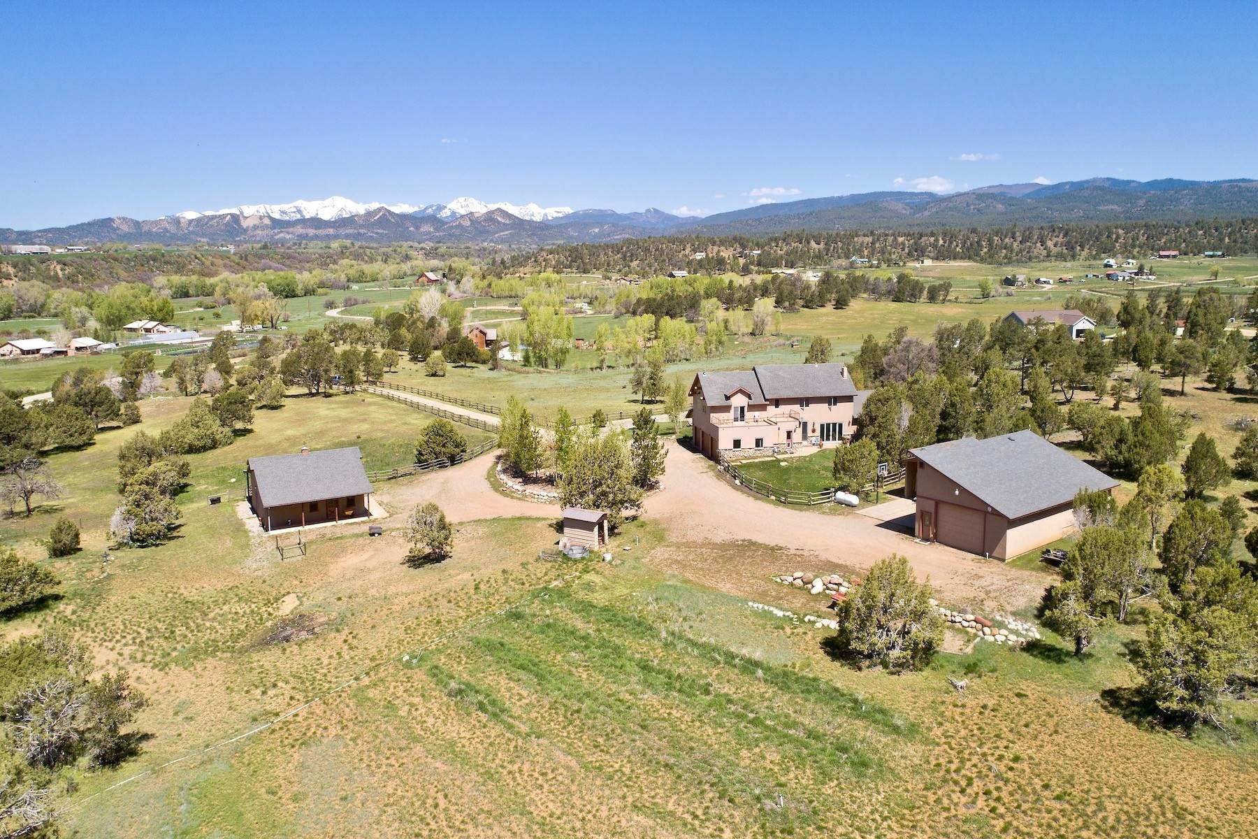 39. Single Family Homes for Sale at 250 CR 225 Durango, Colorado 81301 United States