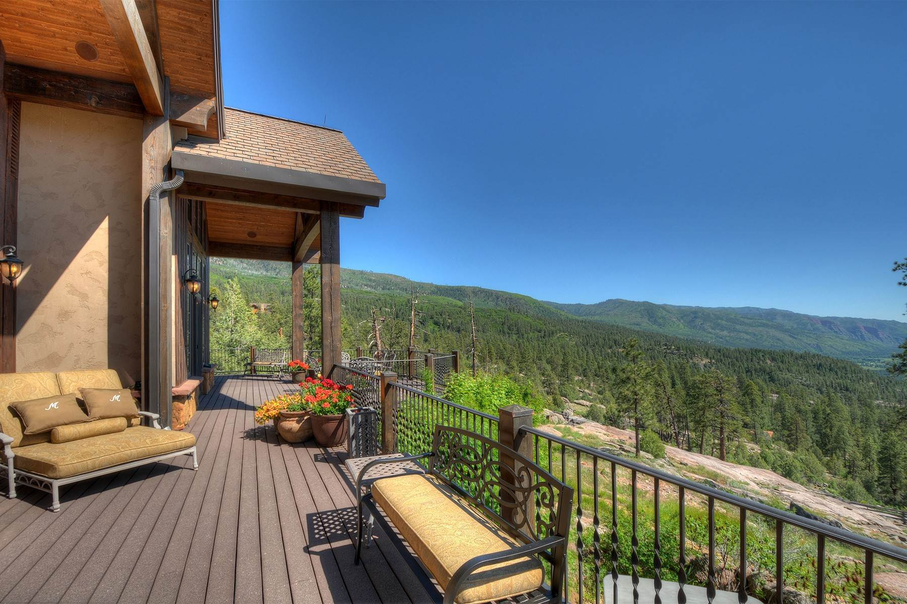 34. Single Family Homes for Sale at Granite Fall Lodge 1501 Celadon Drive East Durango, Colorado 81301 United States