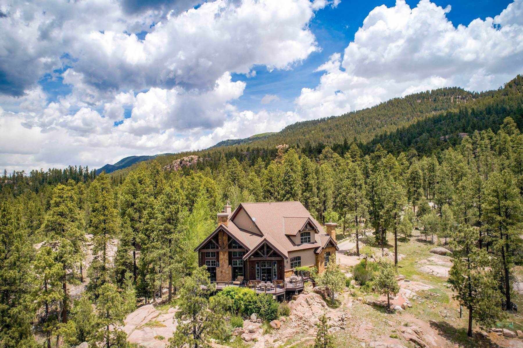 40. Single Family Homes for Sale at Granite Fall Lodge 1501 Celadon Drive East Durango, Colorado 81301 United States