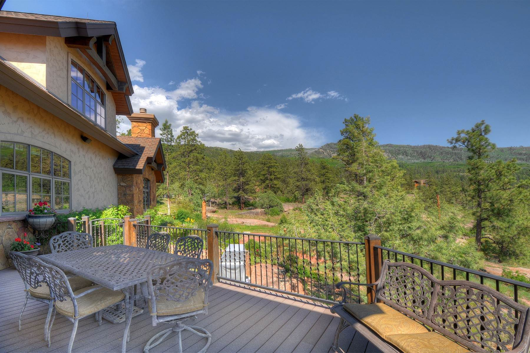 33. Single Family Homes for Sale at Granite Fall Lodge 1501 Celadon Drive East Durango, Colorado 81301 United States