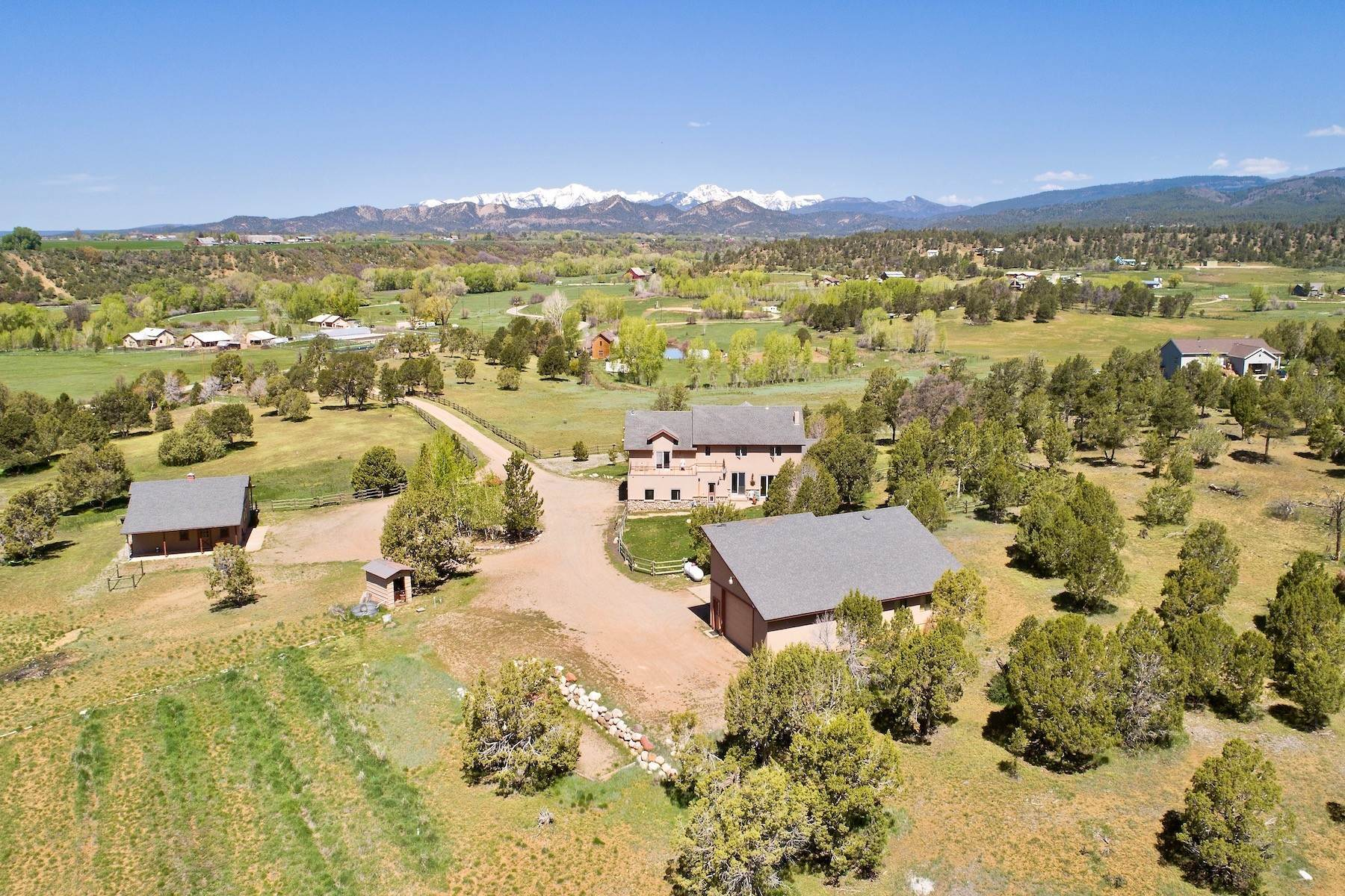 26. Single Family Homes for Sale at 250 CR 225 Durango, Colorado 81301 United States