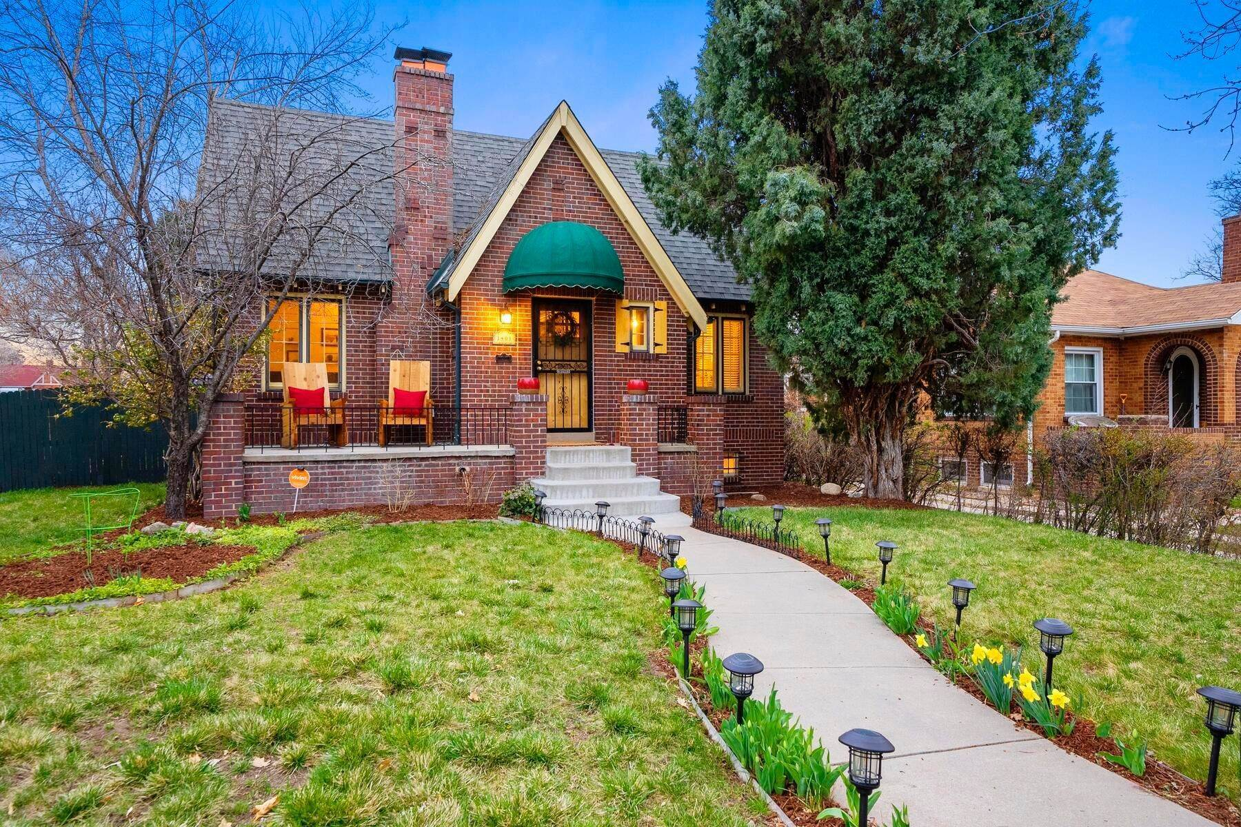 Single Family Homes for Sale at Charming Brick Home Right in the Heart of Mayfair! 1401 Dahlia Street Denver, Colorado 80220 United States